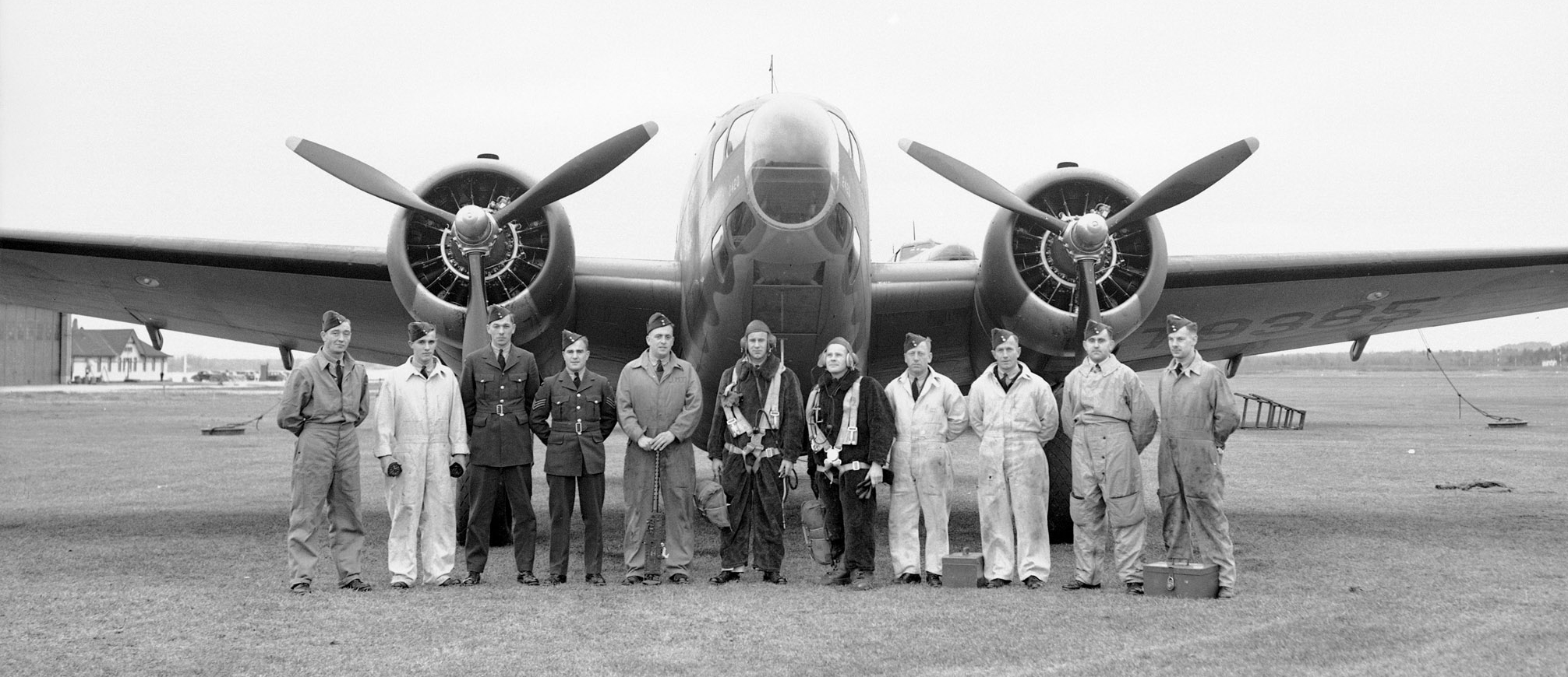 Air and ground crews pose in front of a Lockheed Hudson aircraft in autumn 1940. PHOTO: DND Archives, PL-2341