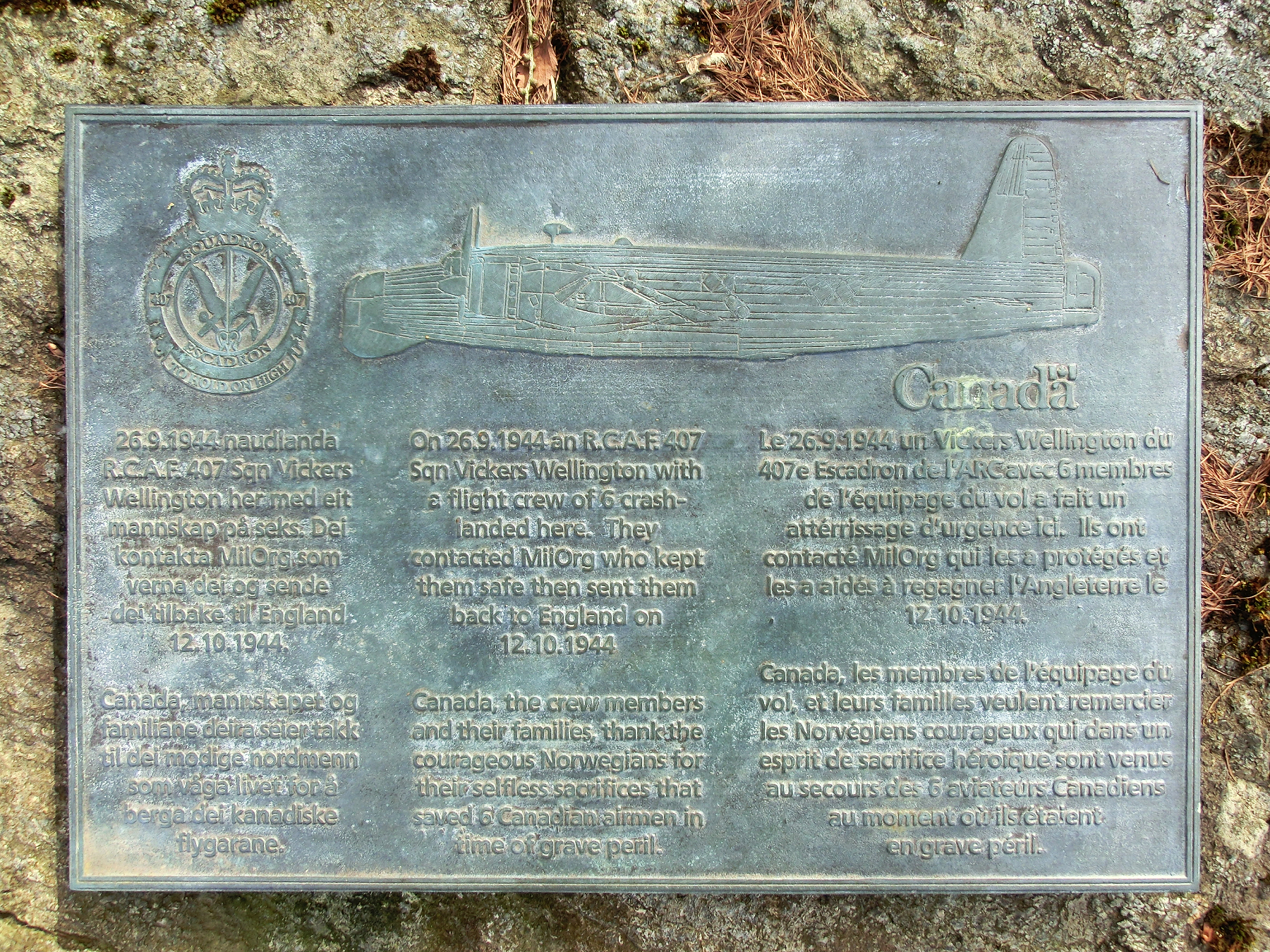 A brass plaque in Os, Norway, marks the events of early autumn 1944 in Norwegian, English and French. PHOTO: Submitted
